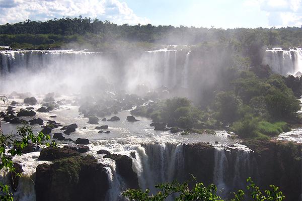 Iguazu_aguas_grandes3